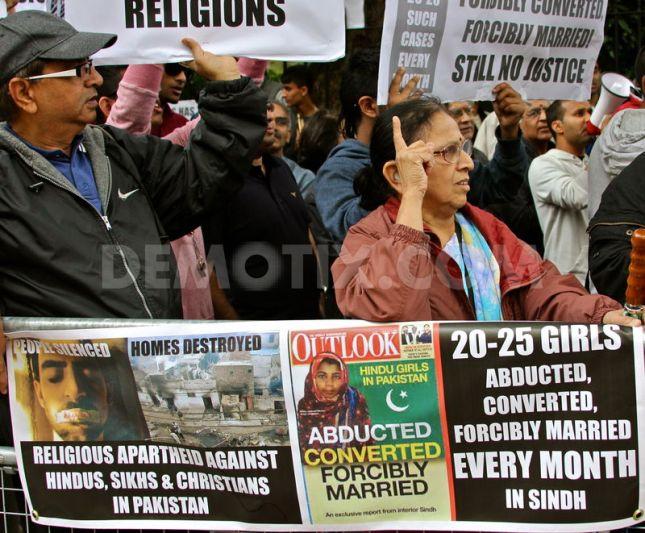 Pak Embasy protest 1