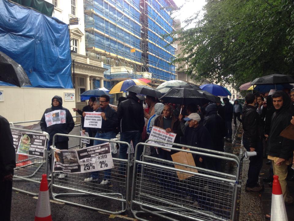 Pak Embasy protest 5