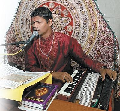 Pandit Ramesh Kissoon